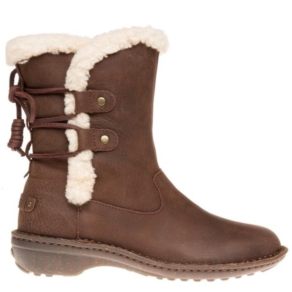 ac71bf4e2f6 💕New Ugg Akadia Brown Leather boots size 8